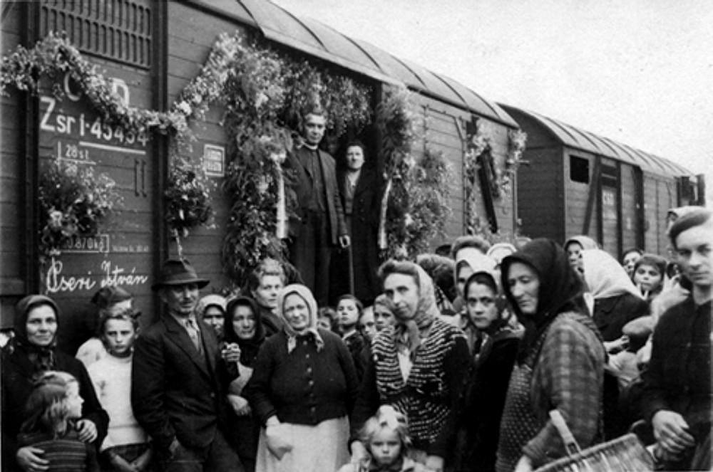 A Felvidékről kitelepítettek magyarokra emlékezik a somorjai CSEMADOK