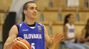 A sárosfai Hlivák Dalibor, az első ligás károlyfalui kosárlabdacsapat erőssége