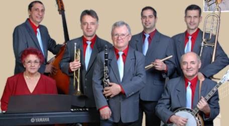 Molnár Dixieland koncert a Mozi udvarán