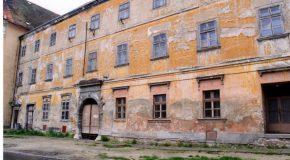 Megújul a volt Paulánus kolostor, azaz a Korona épülete
